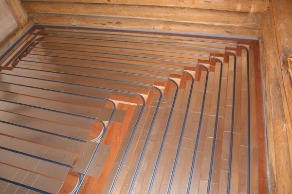 Водяной теплый пол на деревянном перекрытии