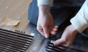 Шаг 9 – изоляция токопроводящей шины