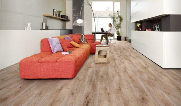 Покрытие из ламината, имитирующее деревянный пол