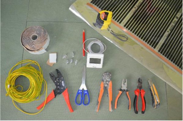 Инструменты и материалы для теплого пола