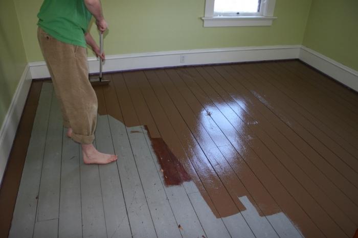 Чем покрасить деревянный пол в доме? Варианты и что лучше выбрать