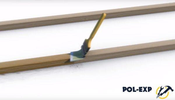 Обработайте поверхность древесины