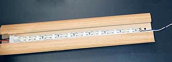 Установка светодиодной ленты в плинтус МДФ