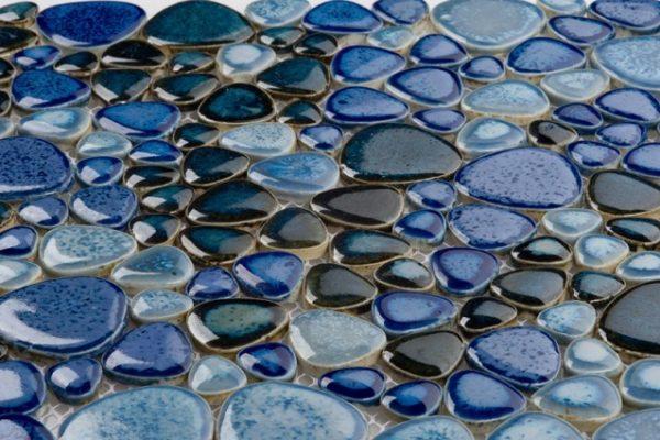 Пример использования цветных камней