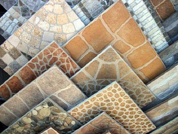 Варианты оформления керамической плитки с имитацией каменной мозаики