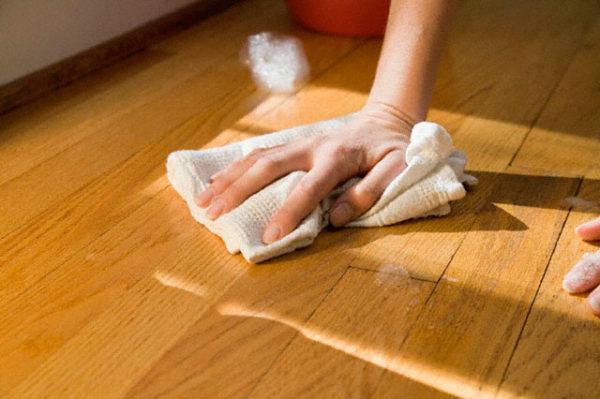 Вымыть белесые полосы не удастся