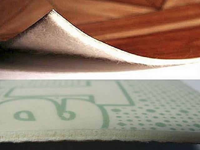 На верхнем фото показан линолеум на войлочной основе, а на нижнем основой для верхних слоев служит вспененный ПВХ