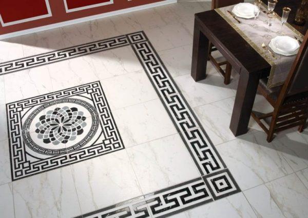 Панно из плитки на полу