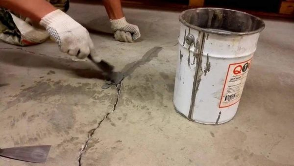 Заделка трещин на бетонном полу